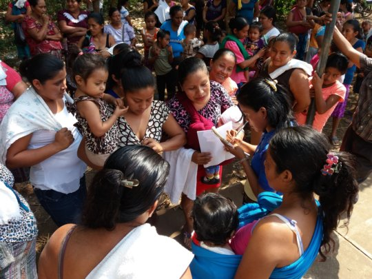 Mothers in Reu jostling to enroll their children