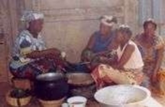 Beninese Women Battle AIDS
