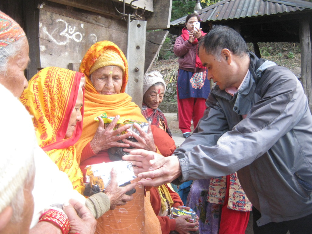 Food materials distribution program by SESF