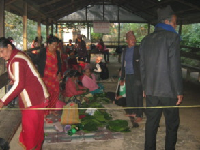 pilgrims at Manakalana temple