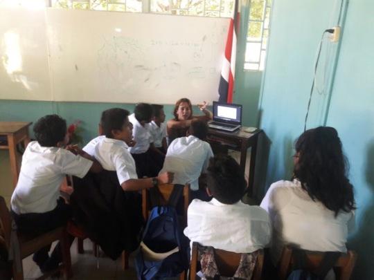 Children receiving environmental education@ school