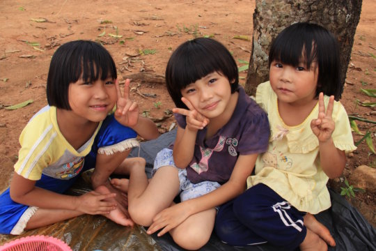 Children at Koung Jor Shan refugee camp
