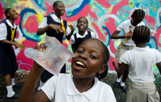 Aqualife pouches provide clean water #forthegirls