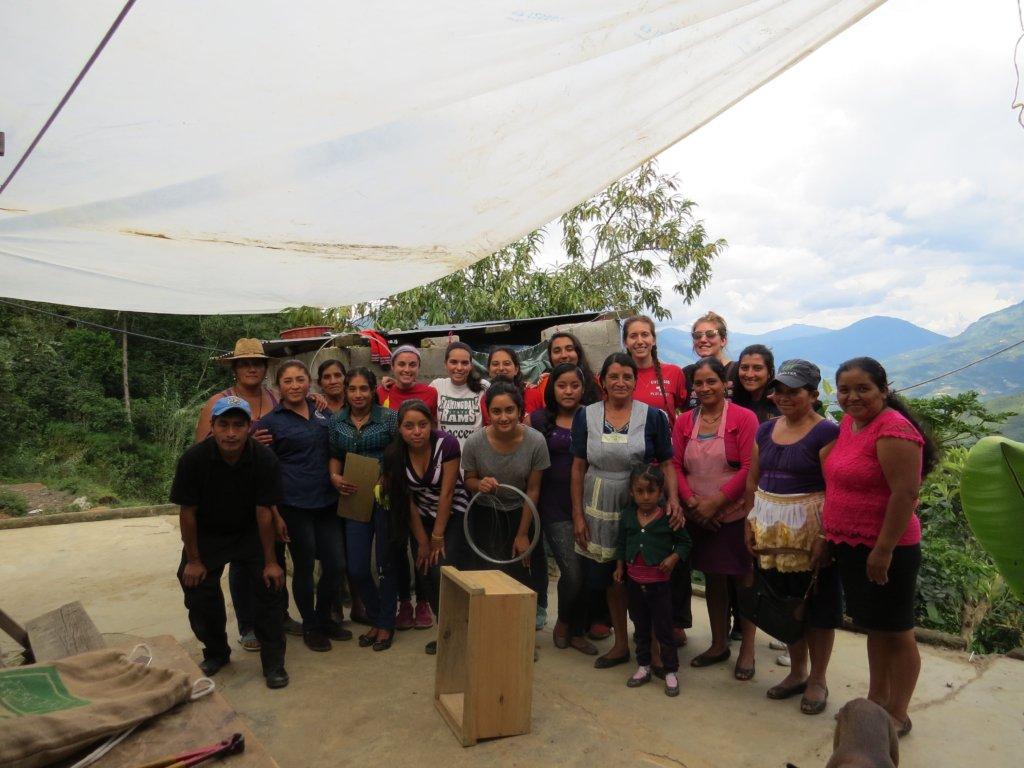 Las Diez Rosas with visitors