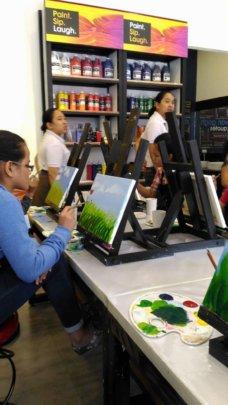 Street girls express themseelves through art