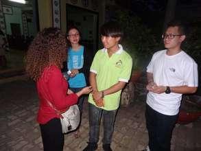 GlobalGiving Volunteer Visits Nhan Ai Class