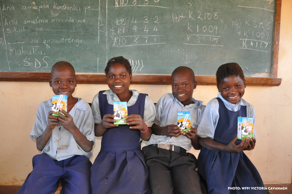 3rd grad students in Zambia with Milk