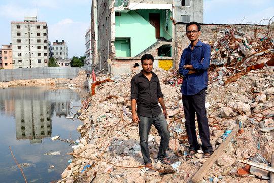 Sadak (left) was rescued by Shahadat (right)