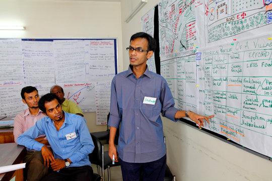 Interactive training. Copyright RedR/GMB Akash