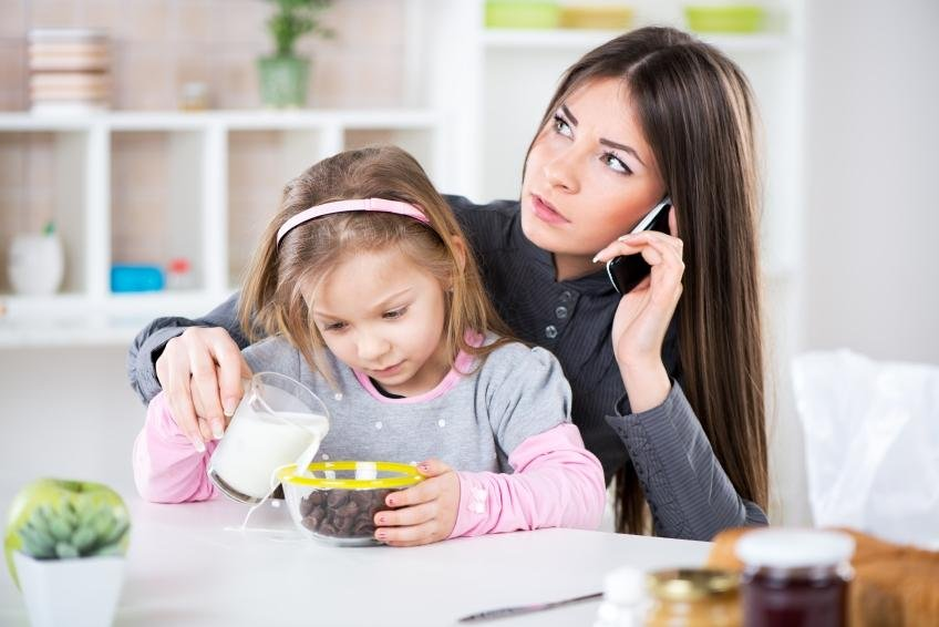 Help Abused American Mothers with Minutes for Moms