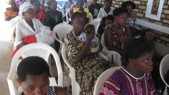 mothers attending a workshop