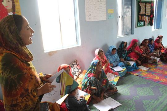 Local facilitators in Izzat Village in Thatta