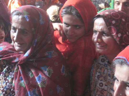 Sughar women in the HUB