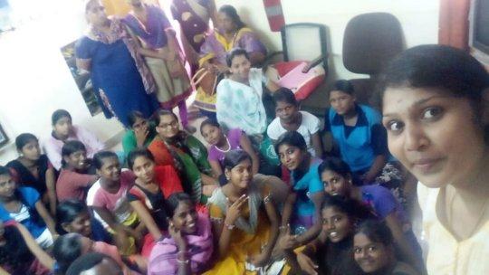 Selfie of Spoken English Class by Volunteers