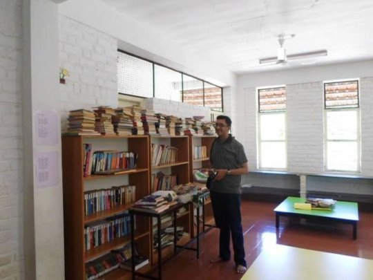 Ramesh visits the school library