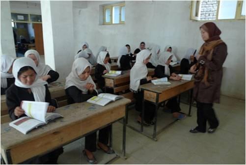 Classroom setting in AAE schools