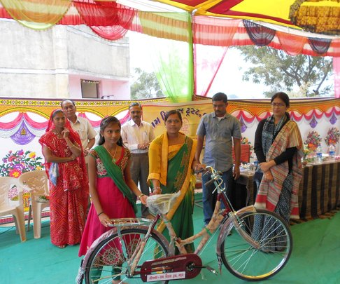 Bicycle distribution by District Collector