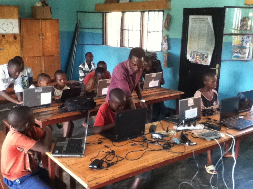 Rwandan Street Children Closing The Digital Divide
