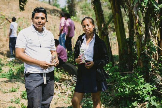 SAT students learning at the San Isidro farm