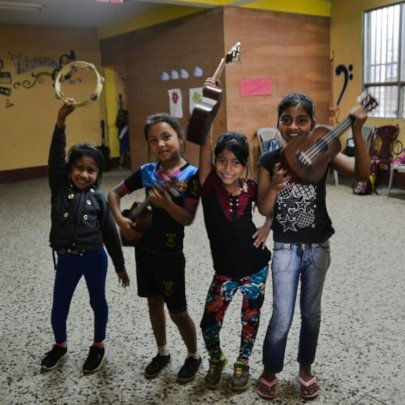 kids at Vacation School