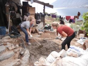 volunteers labor on floor