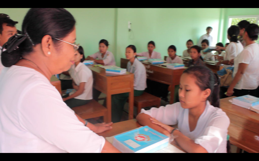 Support Emerging Women of Burma