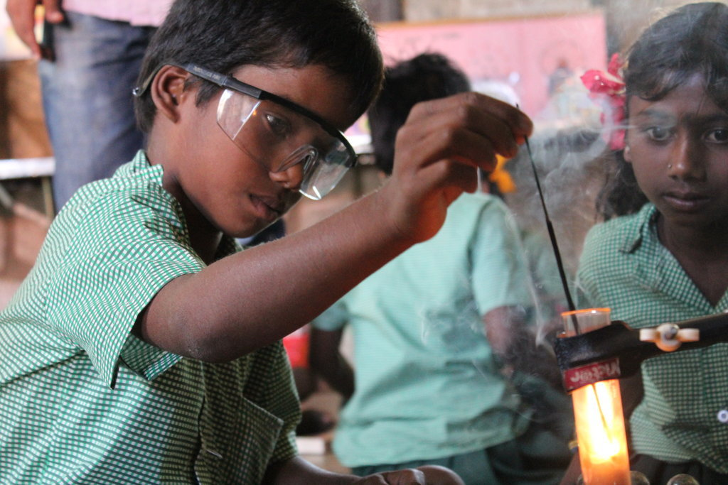 $1 Science and Art lessons for 1800 kids in India
