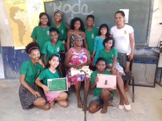 Community of Graca de Deus with Dona Leoci