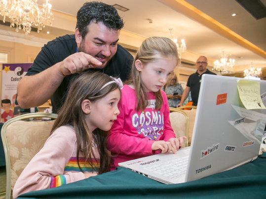 Young coders at Dojocon