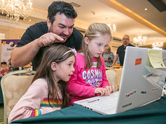 Young coders at Dojocon