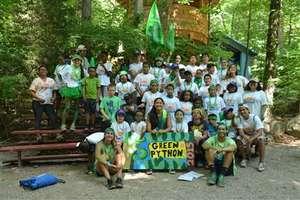 Green Pythons got the spirit!