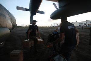 Unloading Relief Items in Guiuan