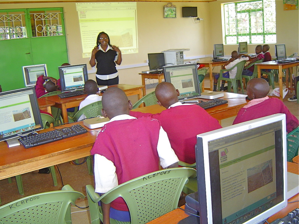 A class from Kambiti PS doing Exceed Academy