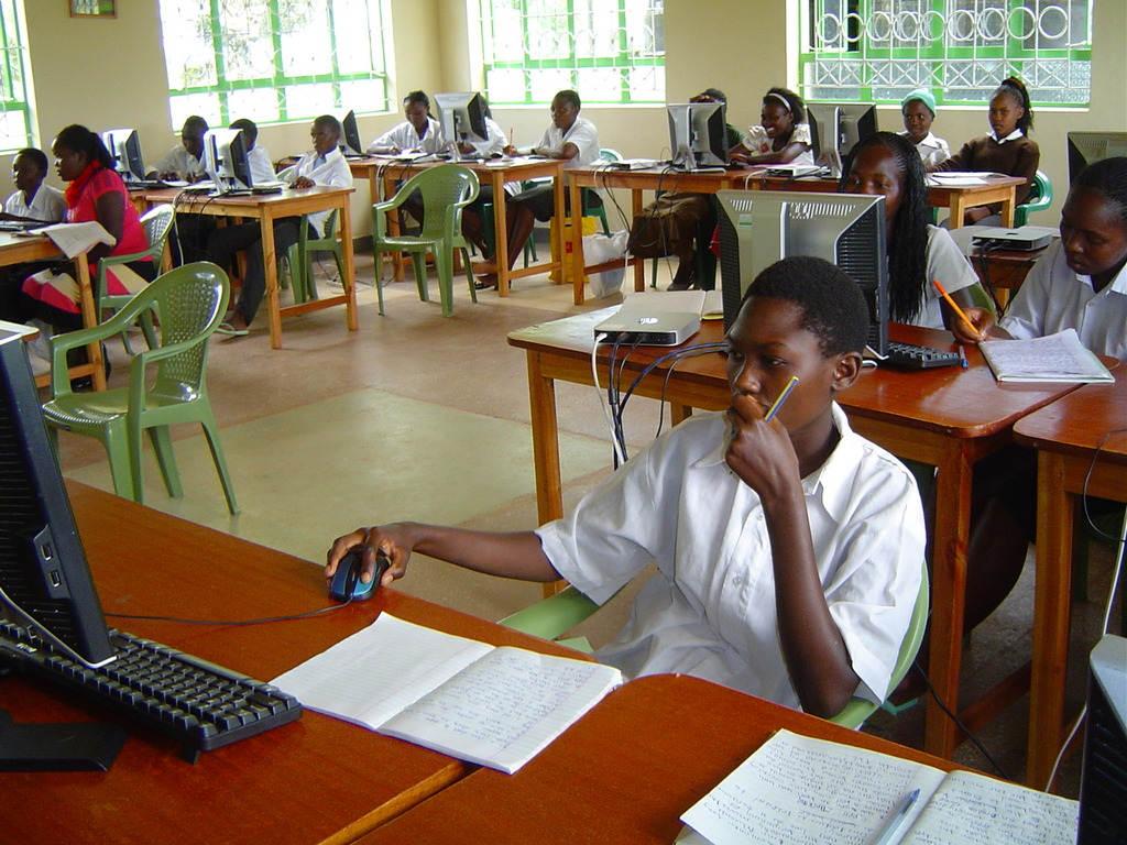 Computer instruction class for Makaalu Sec. School