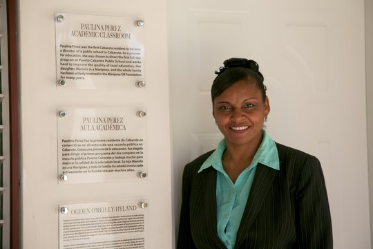 Paulina Perez in front of the class named for her