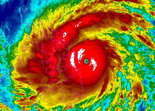 NOAA radar of Typhoon Haiyan