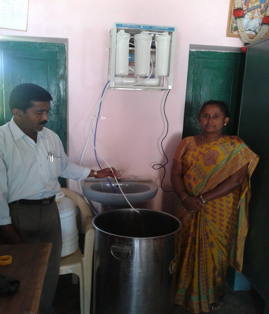 Water purifier installation Pictures