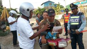 Motorcyclists learn why helmet use is important