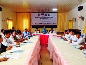 Target communes discuss project implementation