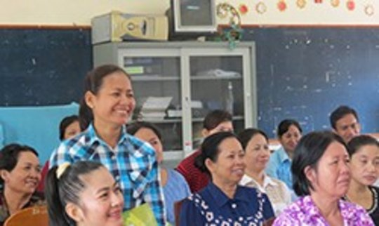 Mothers learn about promoting road safety