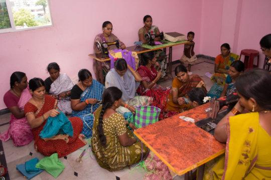 destitute women learning skillfultraining in india