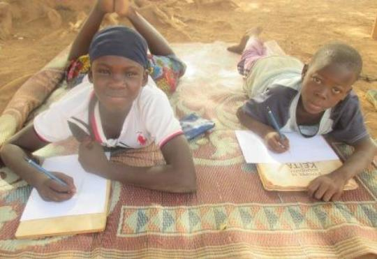 Drawing time, mobile library, Burkina