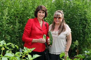 Rep. Roybal-Allard & an Eastmont Gardener