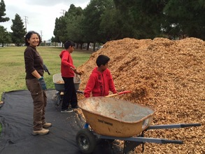Kiddie Gardeners at Wilmington Garden Build Day #1