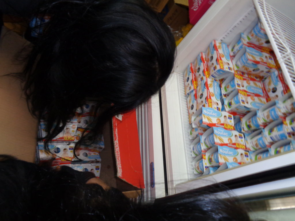 YOGURTS FOR KIDS - PACKING FOR DISTRIBUTIONS
