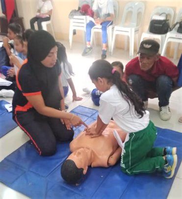 CPR is taught to elementary school students