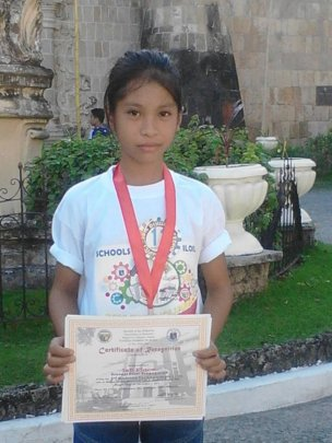 6th Grade 1st Prize winner in Plant Science