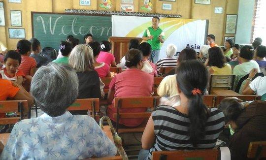 organic garden class for parents at local school