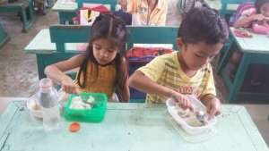 School Lunch Program cooked by Moms in Cuartero