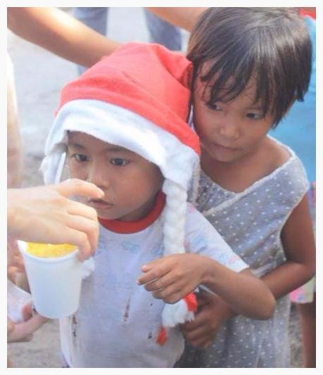Food and Shelter for Philippine Typhoon Survivors
